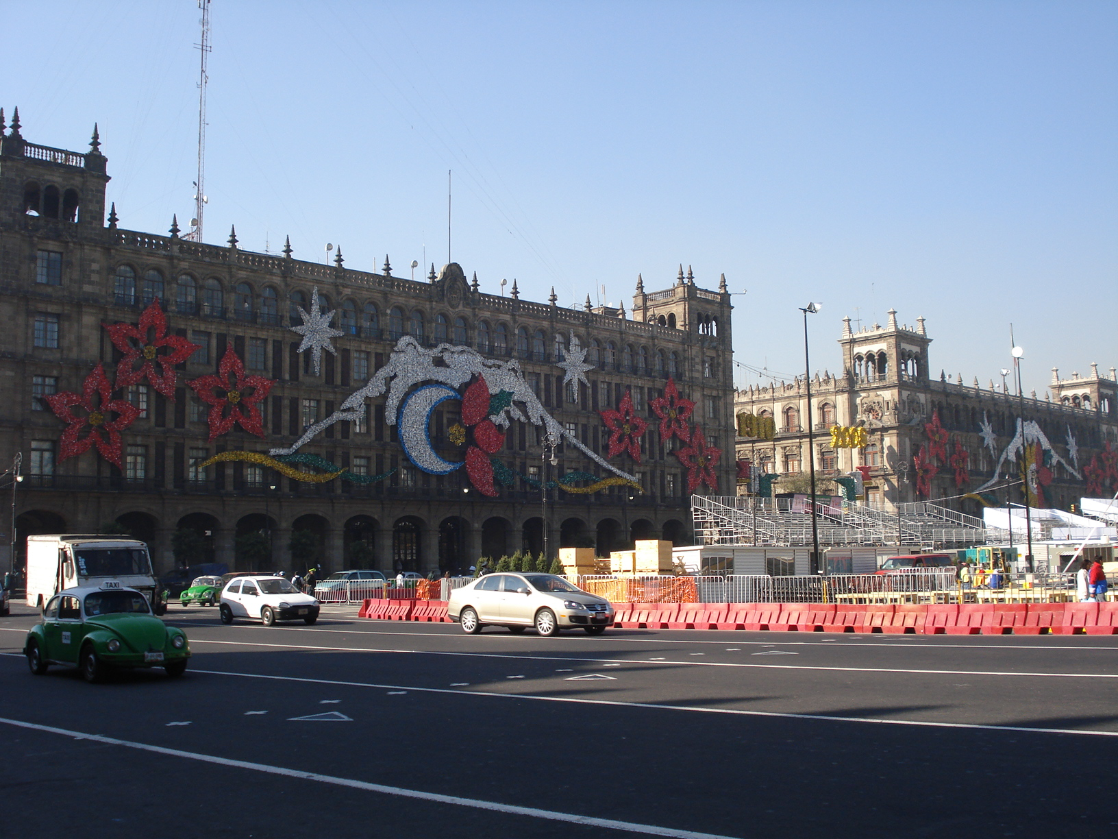 Christmas in zocalo of mexico city for Vacation in mexico city